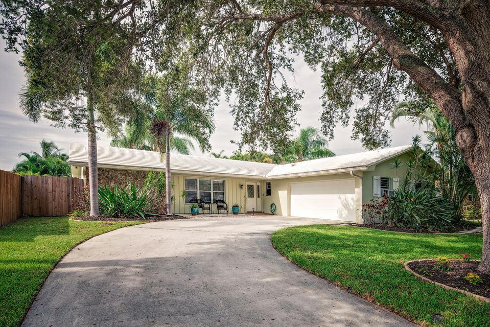 4360 Elm Avenue , Palm Beach Gardens FL 33410 is listed for sale as MLS Listing RX-10364446 27 photos