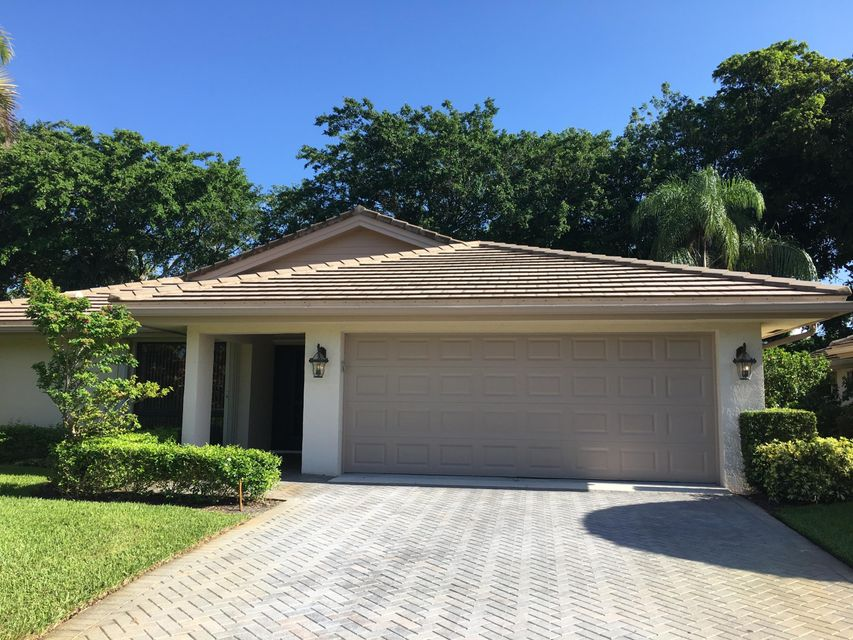 Villa for Sale at 4785 Pine Tree Drive 4785 Pine Tree Drive Boynton Beach, Florida 33436 United States