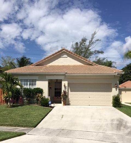 Maison unifamiliale pour l Vente à 4375 Sunset Cay Circle Boynton Beach, Florida 33436 États-Unis