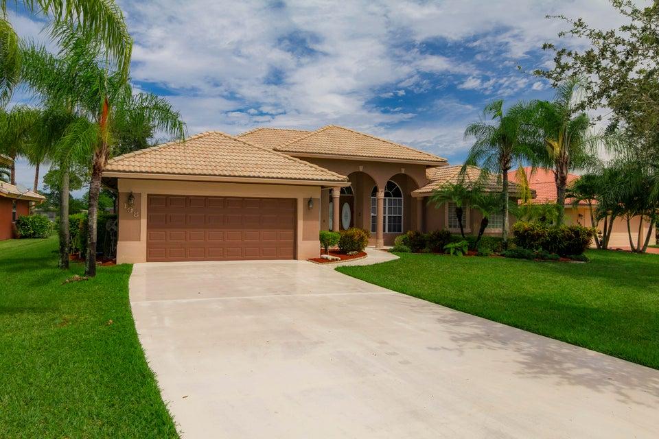 198 Cypress Trace  Royal Palm Beach, FL 33411