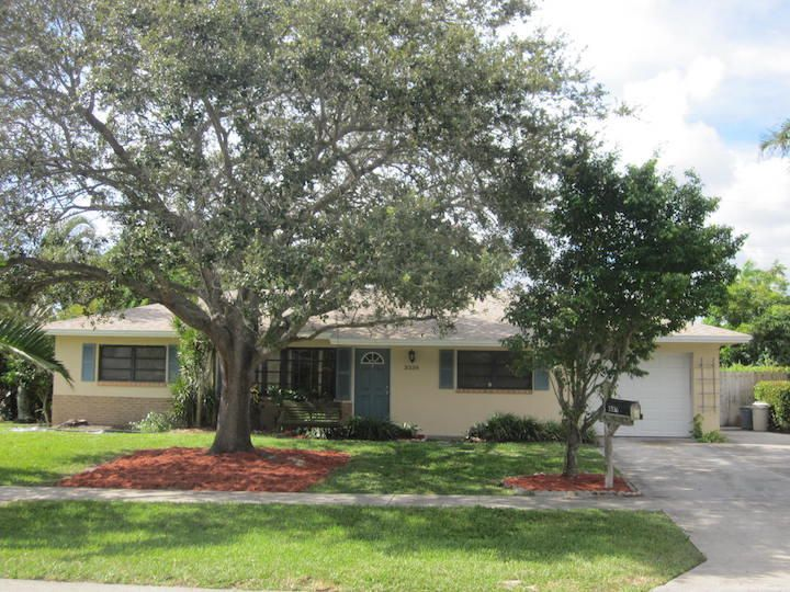 3336 Grove Road , Palm Beach Gardens FL 33410 is listed for sale as MLS Listing RX-10364903 15 photos