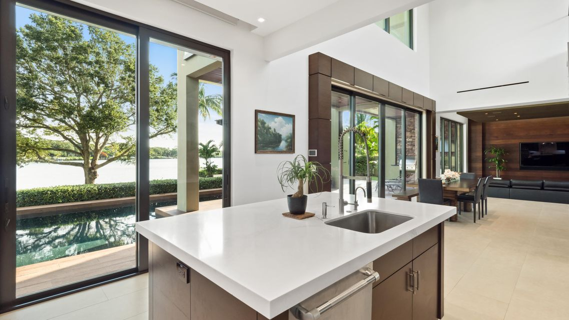Additional photo for property listing at 5511 River Cove 5511 River Cove Jupiter, Florida 33458 United States