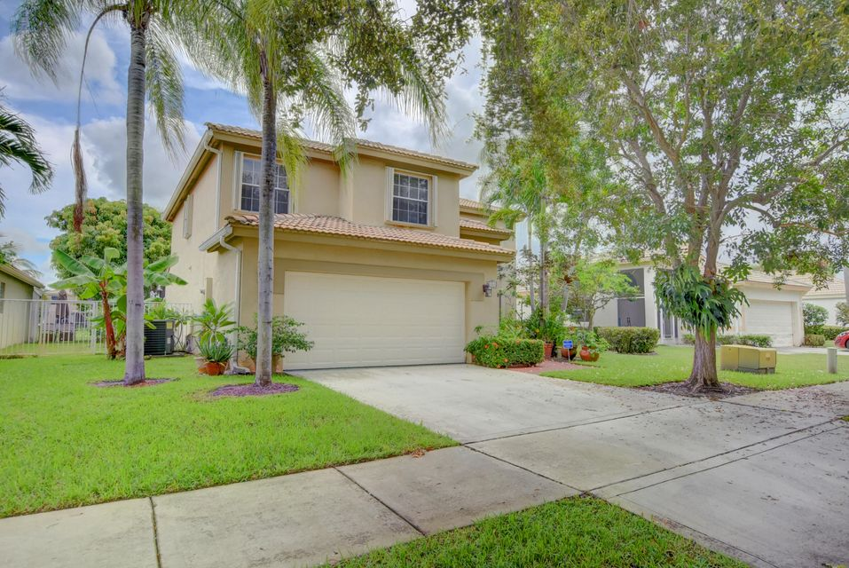 2850 N Clearbrook Circle  is listed as MLS Listing RX-10378293