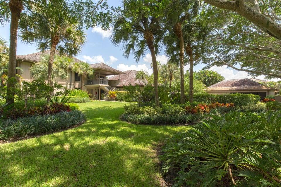 Konsum / Eigentumswohnung für Verkauf beim 2810 Polo Island Drive 2810 Polo Island Drive Wellington, Florida 33414 Vereinigte Staaten