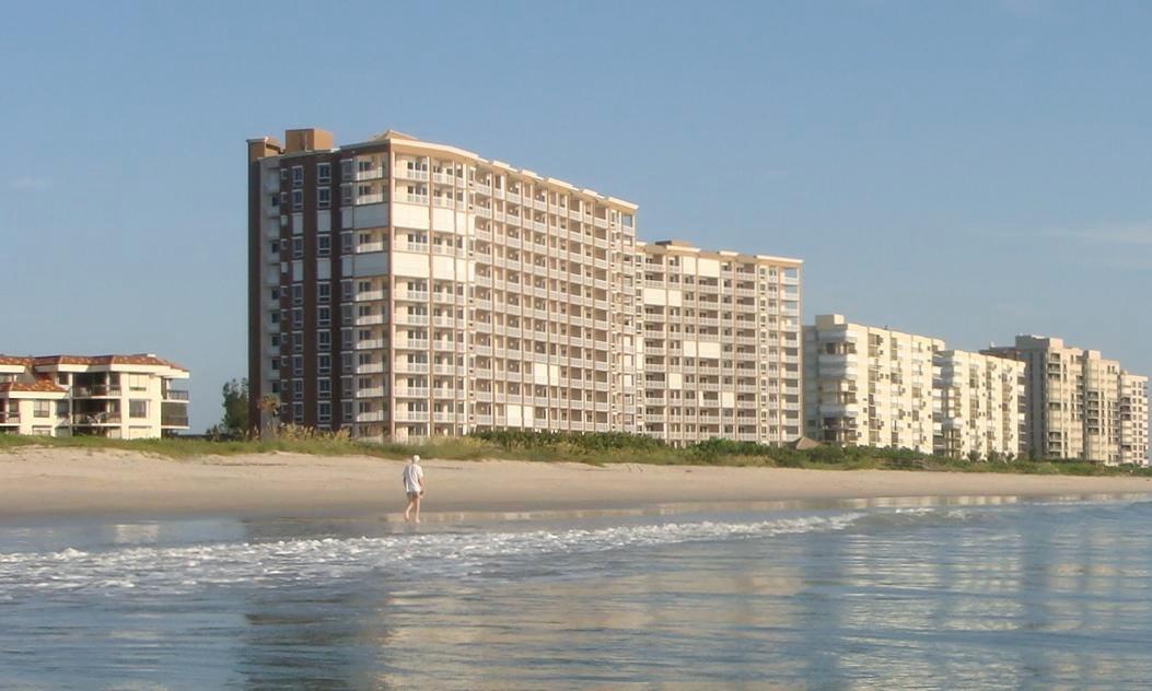 Condominio por un Venta en 4160 N A1a # 503 4160 N A1a # 503 Hutchinson Island, Florida 34949 Estados Unidos