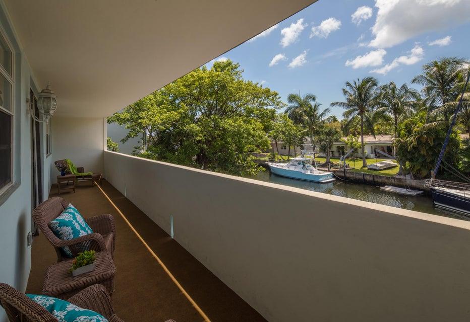 Co-op / Condo للـ Rent في 13131 Ixora Court 13131 Ixora Court North Miami, Florida 33181 United States