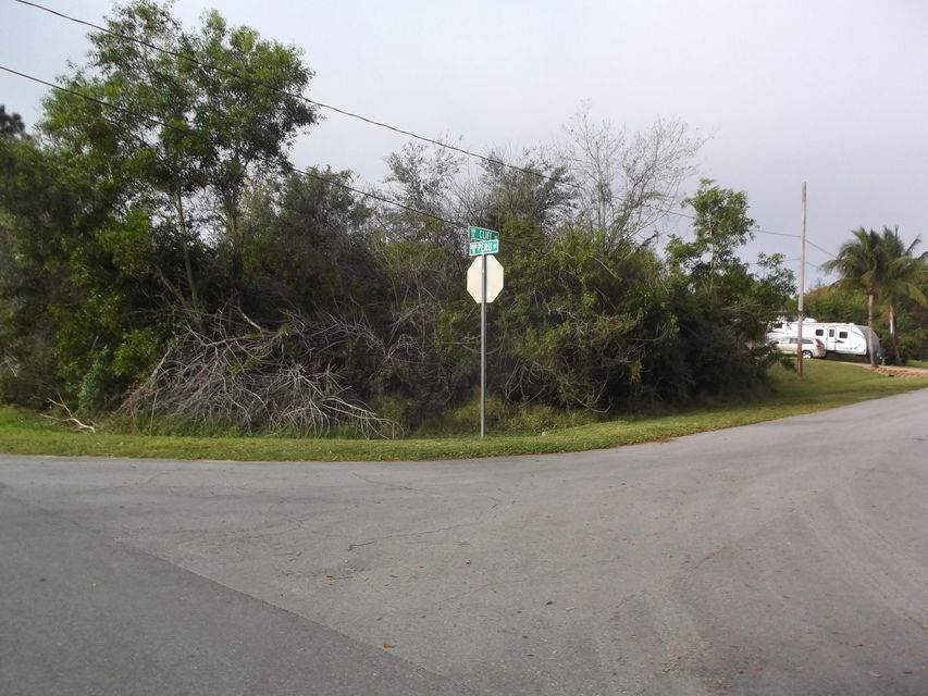 Single Family Home for Sale at 500 SE Cliff Road 500 SE Cliff Road Port St. Lucie, Florida 34984 United States