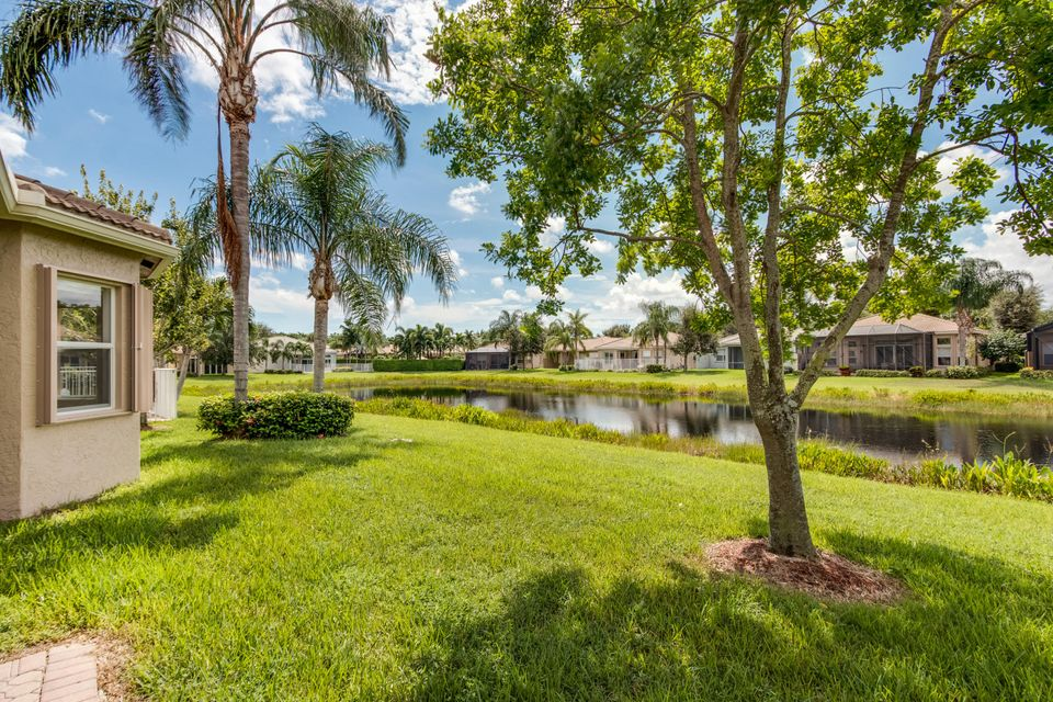 VALENCIA POINTE home 10896 Deer Park Lane Boynton Beach FL 33437