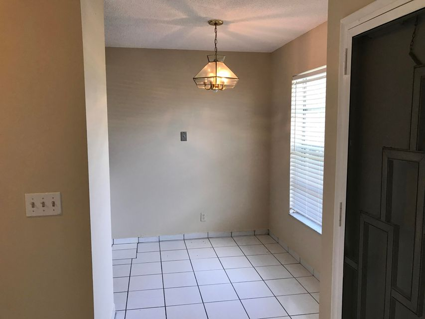 Additional photo for property listing at 1141 Calamondin Terrace 1141 Calamondin Terrace Delray Beach, Florida 33445 United States