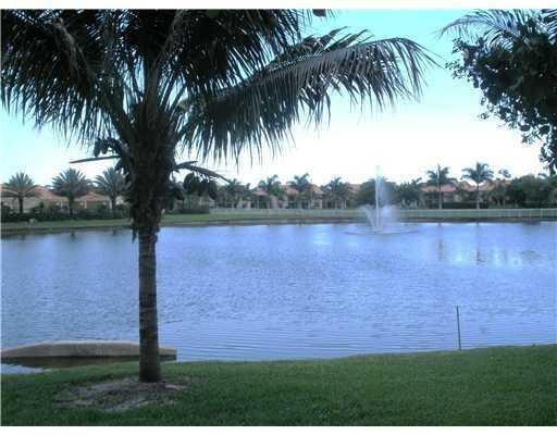 1640 Windorah Way B , West Palm Beach FL 33411 is listed for sale as MLS Listing RX-10365389 13 photos