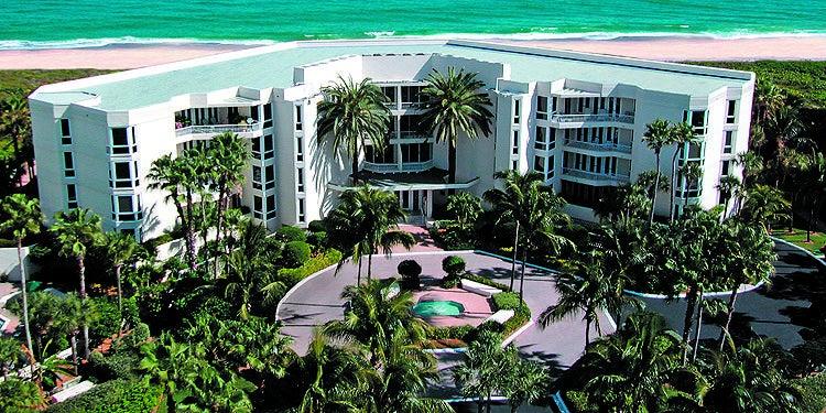 Co-op / Condo for Sale at 2920 SE Dune Drive Stuart, Florida 34996 United States