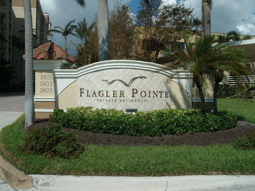 Coopérative / Condo pour l Vente à 1805 N Flagler Drive 1805 N Flagler Drive West Palm Beach, Florida 33407 États-Unis