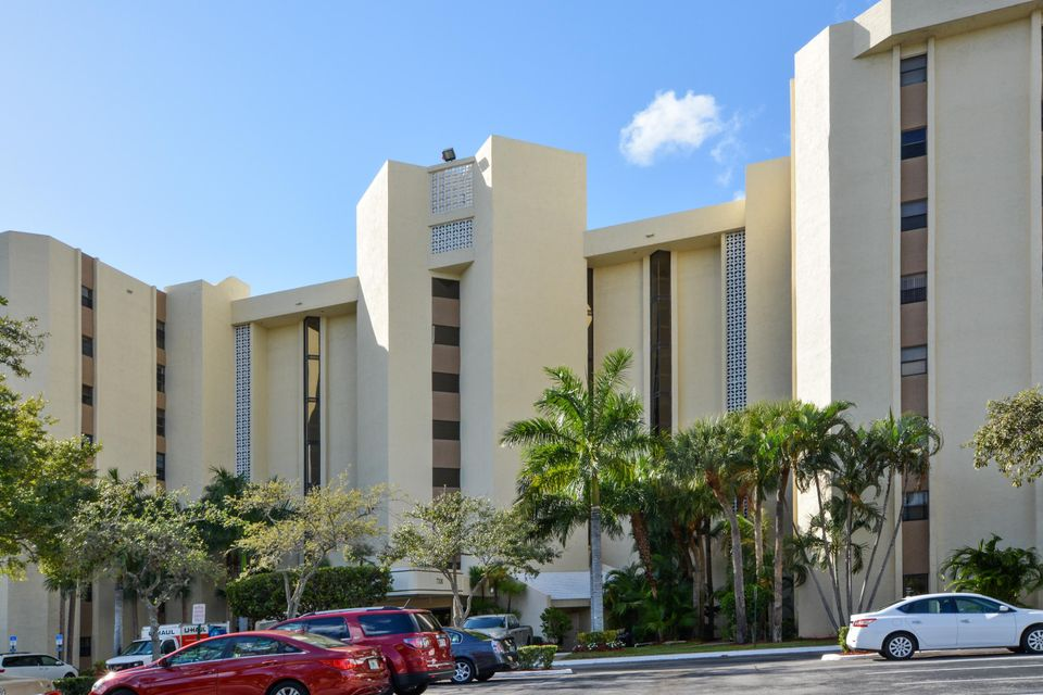Co-op / Condo for Sale at 7300 Radice Court Lauderhill, Florida 33319 United States