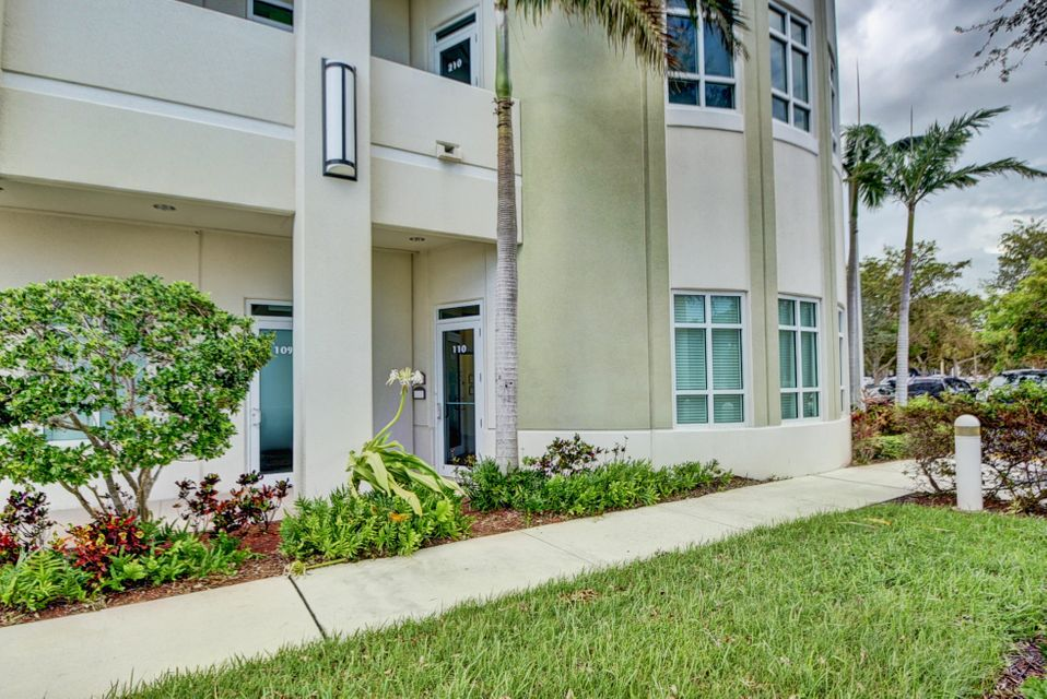 Additional photo for property listing at 4755 Technology Way 4755 Technology Way Boca Raton, Florida 33431 Estados Unidos