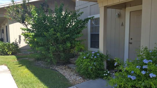 9239 SE Riverfront Terrace is listed as MLS Listing RX-10365605 with 13 pictures