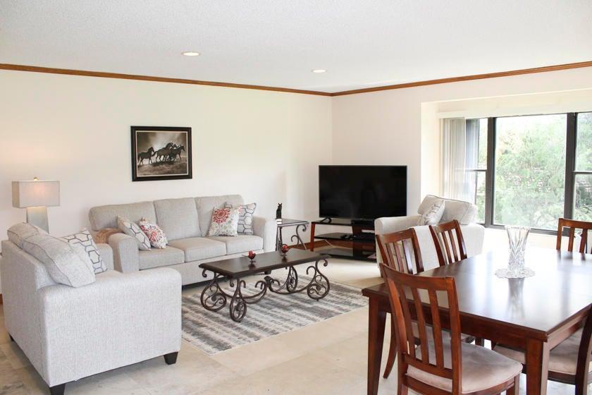 Condominium for Rent at 13400 Polo Road # 204 13400 Polo Road # 204 Wellington, Florida 33414 United States