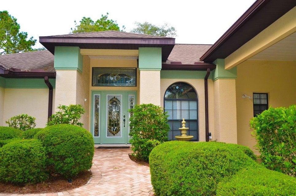 Maison unifamiliale pour l Vente à 2456 W Apricot Drive 2456 W Apricot Drive Beverly Hills, Florida 34465 États-Unis
