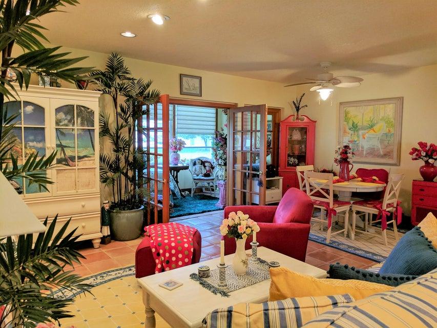 Condominium for Sale at 752 Lori Drive # 219 752 Lori Drive # 219 Palm Springs, Florida 33461 United States