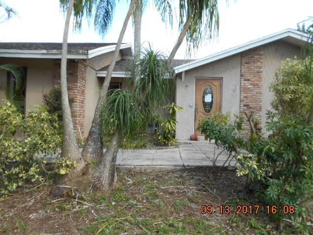 Home for sale in lox Loxahatchee Florida