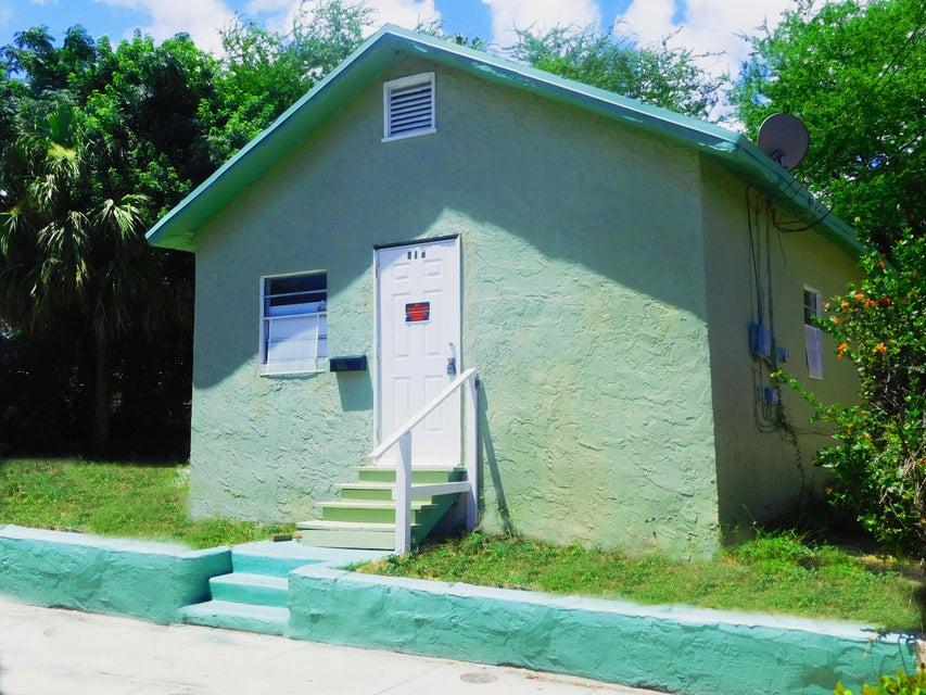 615 N Sapodilla Avenue  West Palm Beach, FL 33401