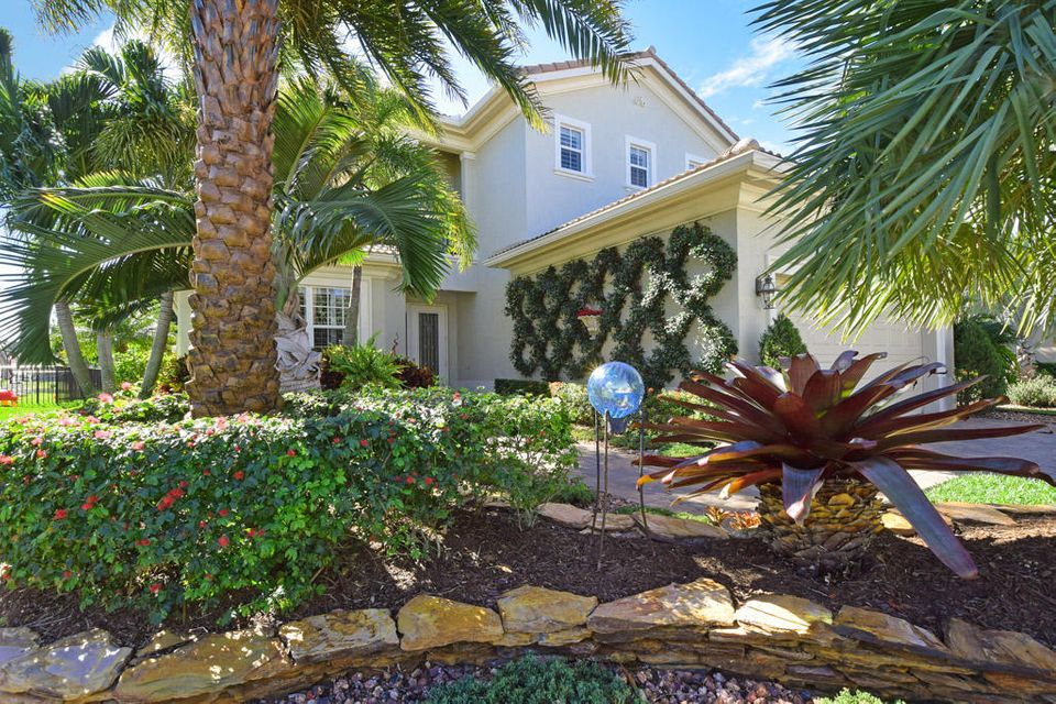 4937 Pacifico Court