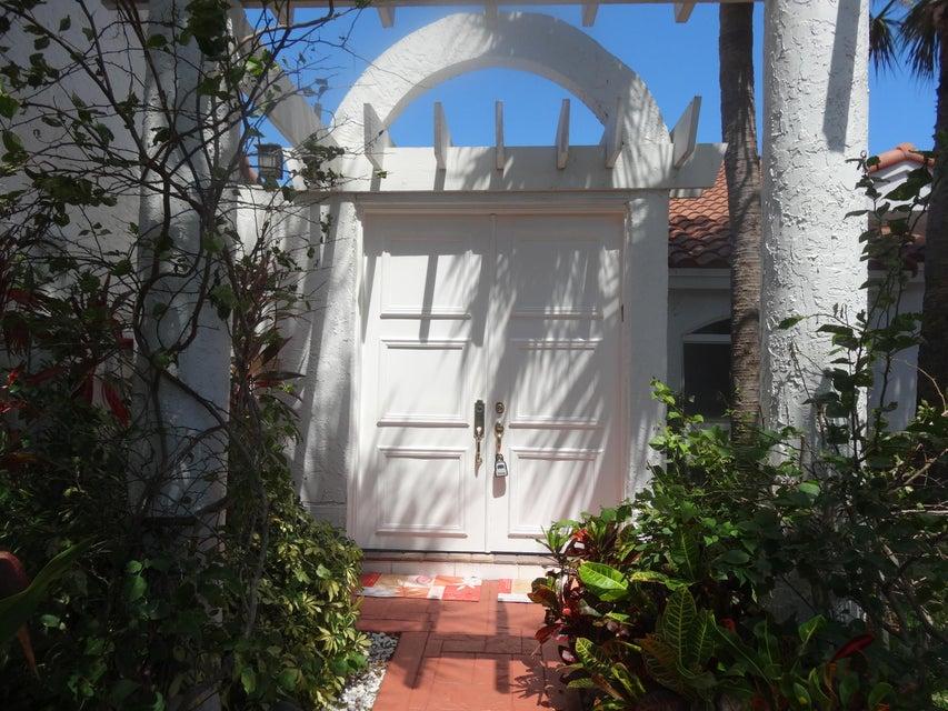 Villa por un Venta en 3799 Candlewood Court 3799 Candlewood Court Boca Raton, Florida 33487 Estados Unidos