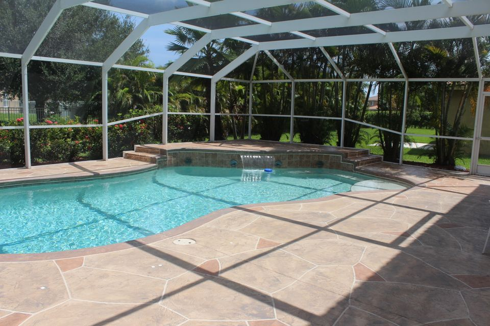 Rentals for Sale at 2048 Newport Isles Boulevard 2048 Newport Isles Boulevard Port St. Lucie, Florida 34953 United States