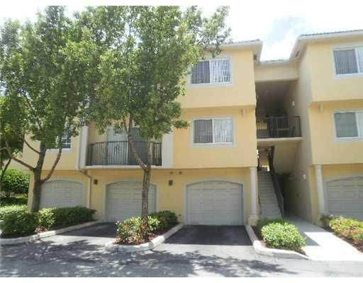 Co-op / Condo for Rent at 500 Crestwood Court N 500 Crestwood Court N Royal Palm Beach, Florida 33411 United States