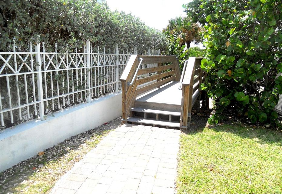 Additional photo for property listing at 109 Pegasus Drive 109 Pegasus Drive Jupiter, Florida 33477 United States