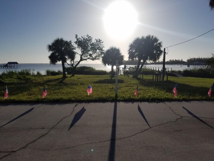 Land for Sale at 1690 Indian River Drive 1690 Indian River Drive Sebastian, Florida 32958 United States