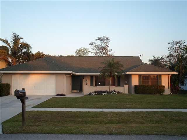 721  Juniper Place is listed as MLS Listing RX-10366085 with 9 pictures