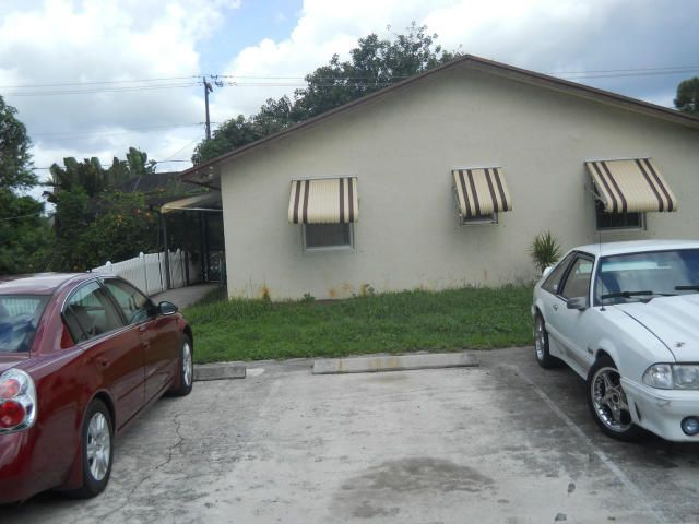 Dúplex por un Venta en Address not available Lake Worth, Florida 33461 Estados Unidos