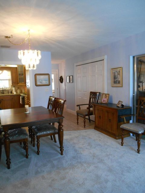 Additional photo for property listing at 277 Riverside Drive 277 Riverside Drive Palm Beach Gardens, Florida 33410 Estados Unidos