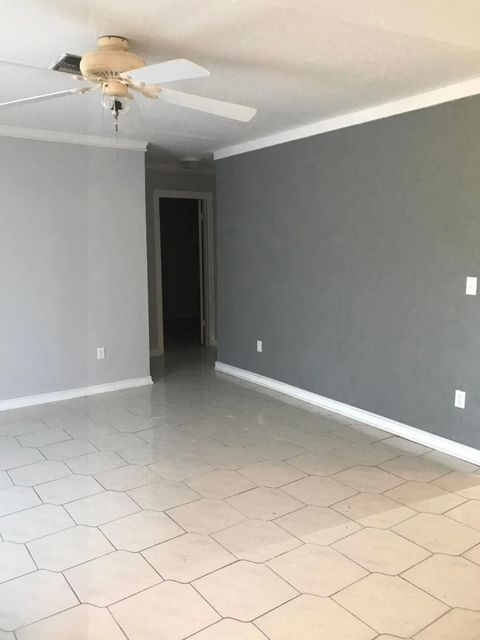 Additional photo for property listing at 8330 SE Lundy Street 8330 SE Lundy Street Hobe Sound, Florida 33455 Estados Unidos