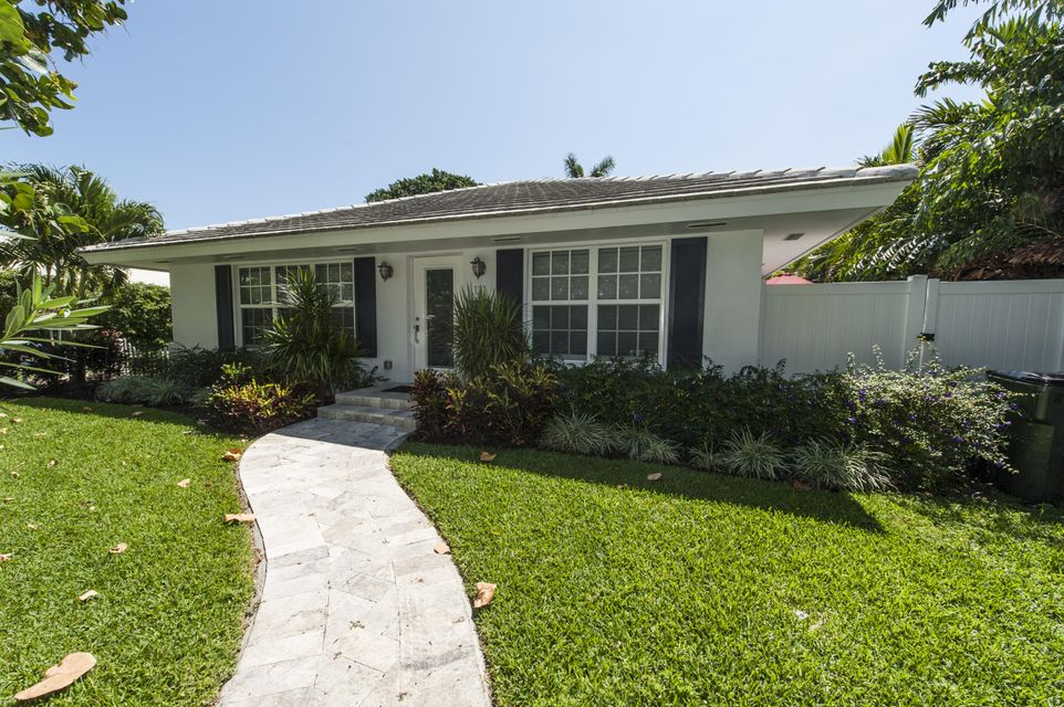 Additional photo for property listing at 131 Venetian Drive 131 Venetian Drive Delray Beach, Florida 33483 États-Unis