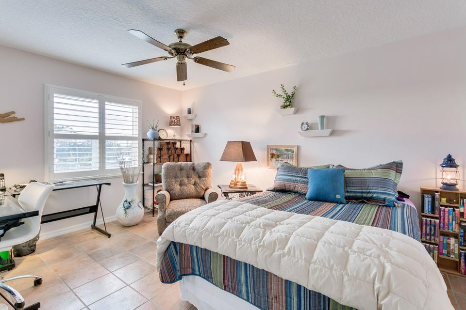 Additional photo for property listing at Address not available  Indialantic, Florida 32903 Estados Unidos