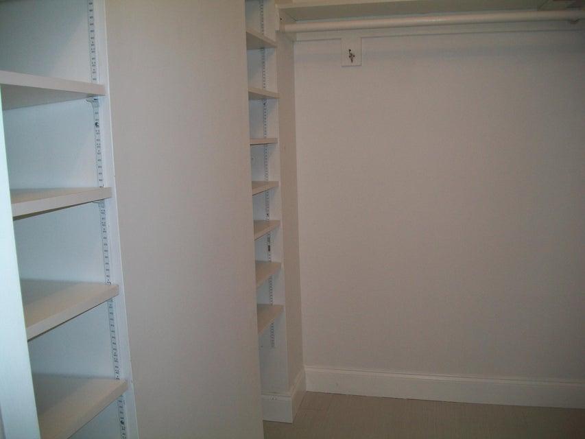 Additional photo for property listing at 2929 S Ocean Boulevard 2929 S Ocean Boulevard Boca Raton, Florida 33432 États-Unis