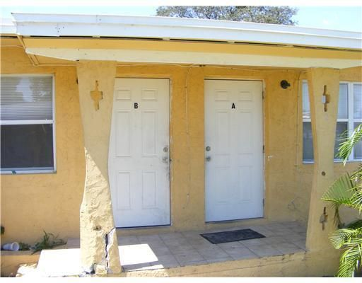 Duplex pour l Vente à Address not available Fort Pierce, Florida 34950 États-Unis