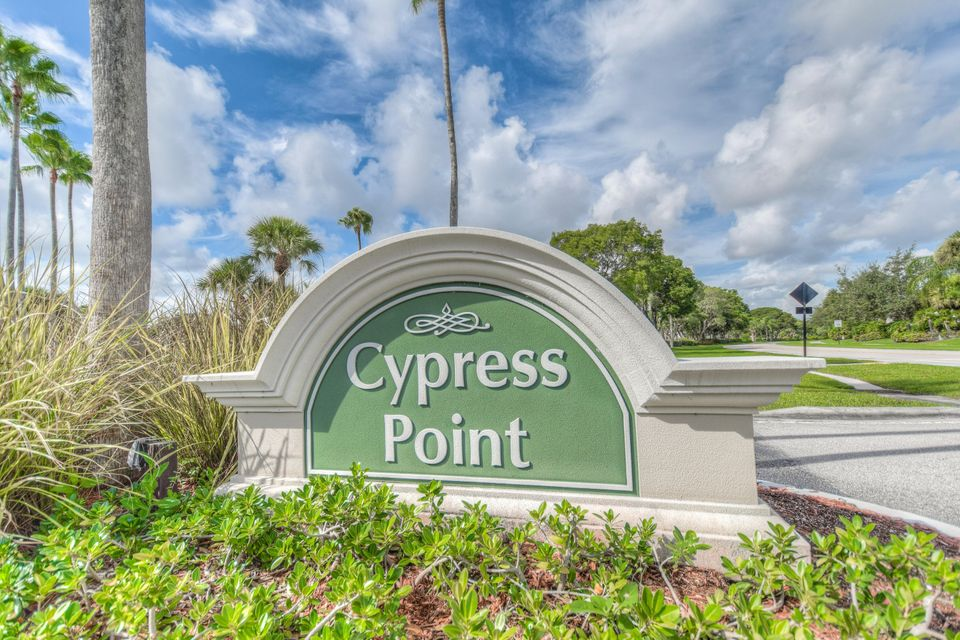 181 Cypress Point Drive 181 , Palm Beach Gardens FL 33418 is listed for sale as MLS Listing RX-10366381 13 photos