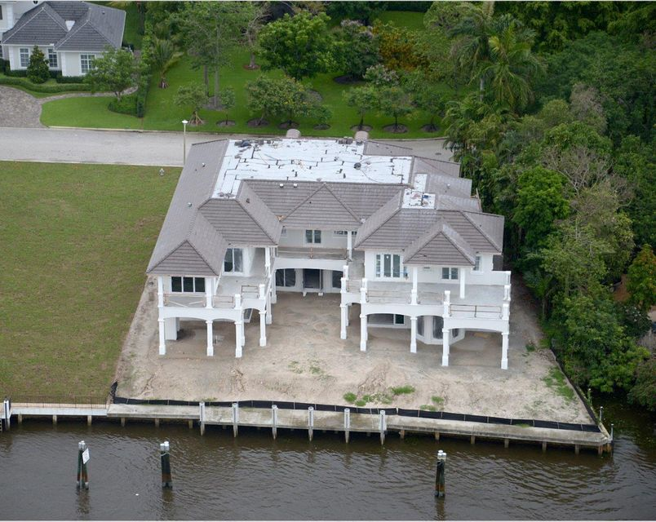 Additional photo for property listing at 484 S Maya Palm Drive 484 S Maya Palm Drive Boca Raton, Florida 33432 United States