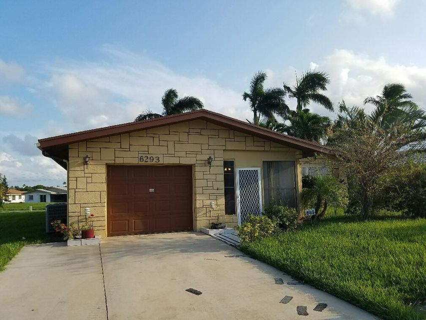 6293 Stanley Lane , Delray Beach FL 33484 is listed for sale as MLS Listing RX-10366133 14 photos