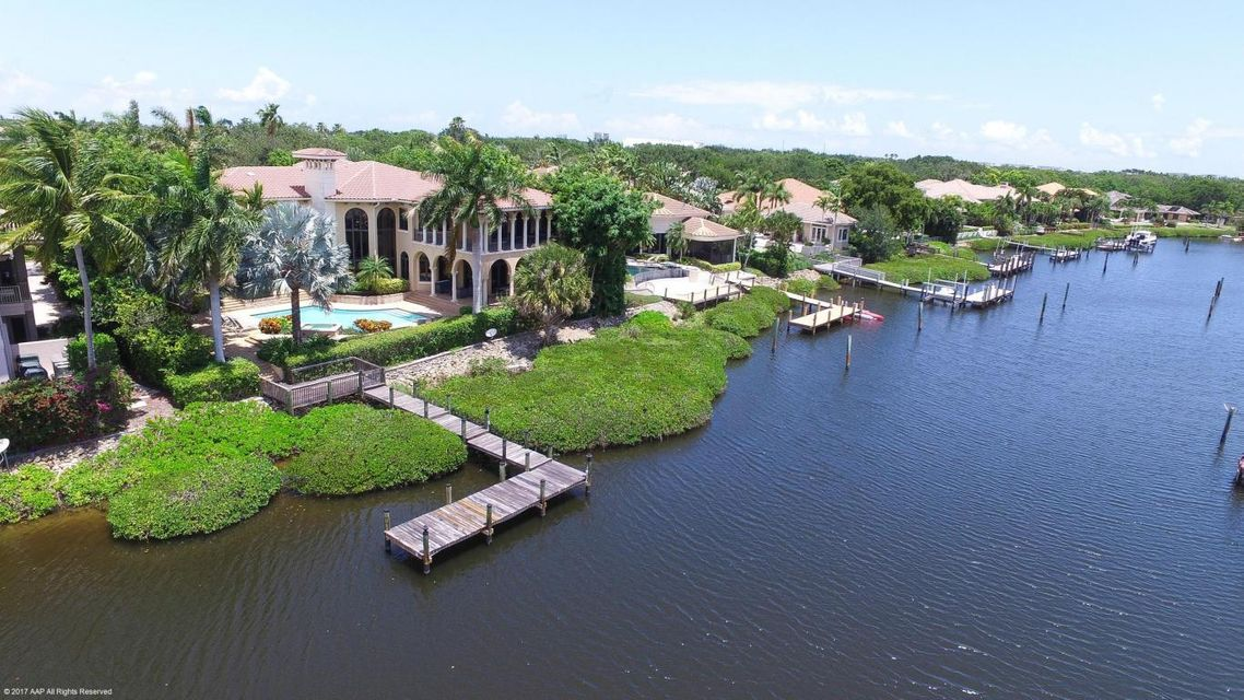 Single Family Home for Sale at 129 Commodore Drive 129 Commodore Drive Jupiter, Florida 33477 United States