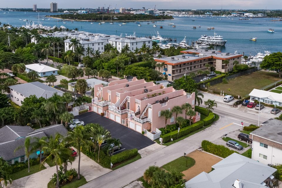 Home for sale in Harborside Palm Beach Shores Florida