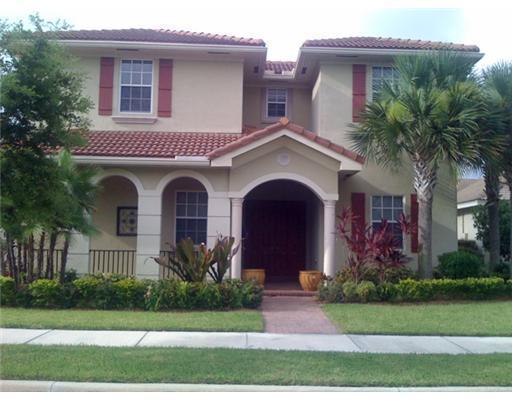Single Family Home for Rent at 132 Via Isabela 132 Via Isabela Jupiter, Florida 33458 United States