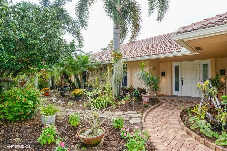 Additional photo for property listing at 5702 Wind Drift Lane 5702 Wind Drift Lane Boca Raton, Florida 33433 United States
