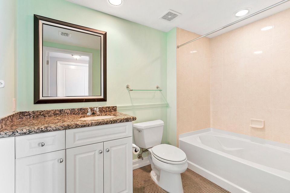 347 N New River Drive Fort Lauderdale, FL 33301 - photo 18