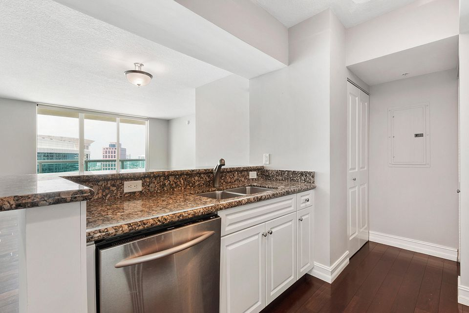 347 N New River Drive Fort Lauderdale, FL 33301 - photo 10