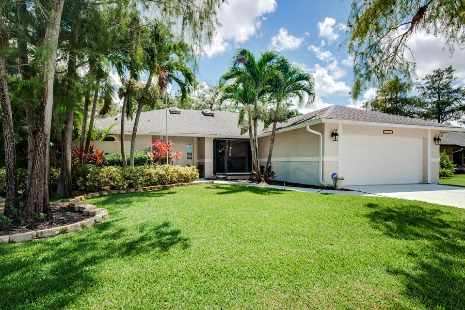Single Family Home for Rent at 1604 Hollyhock Road 1604 Hollyhock Road Wellington, Florida 33414 United States