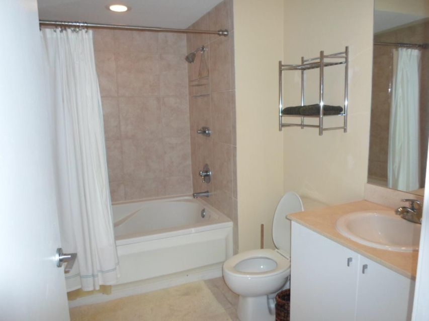 Additional photo for property listing at 1551 N Flagler Drive 1551 N Flagler Drive West Palm Beach, Florida 33401 United States