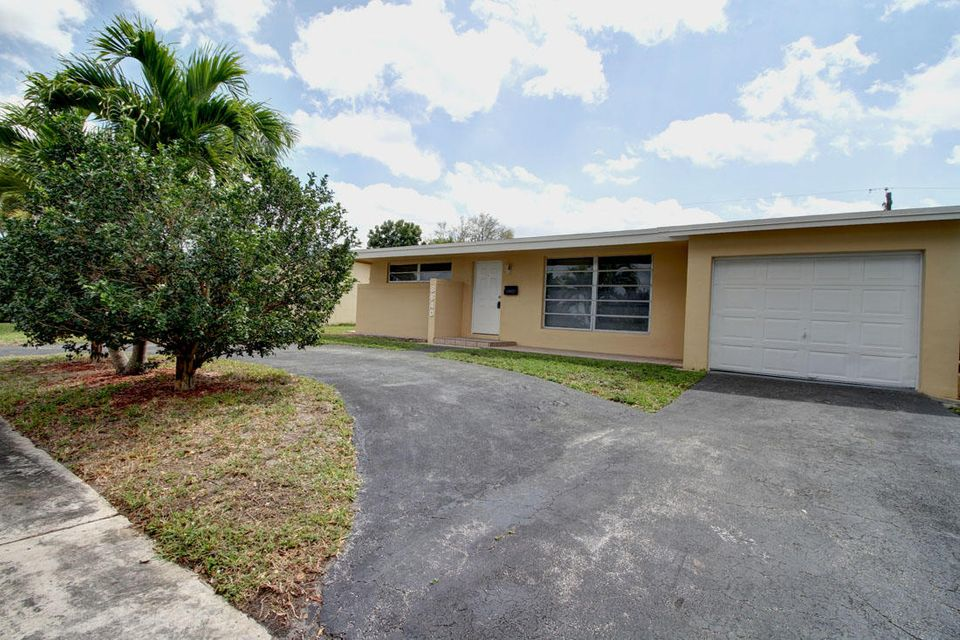Rentals for Rent at 8640 NW 25 Street 8640 NW 25 Street Sunrise, Florida 33322 United States